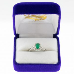Athena ring white gold emerald front view