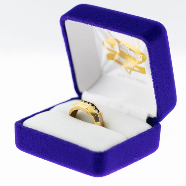 Athena ring yellow gold diamond side view